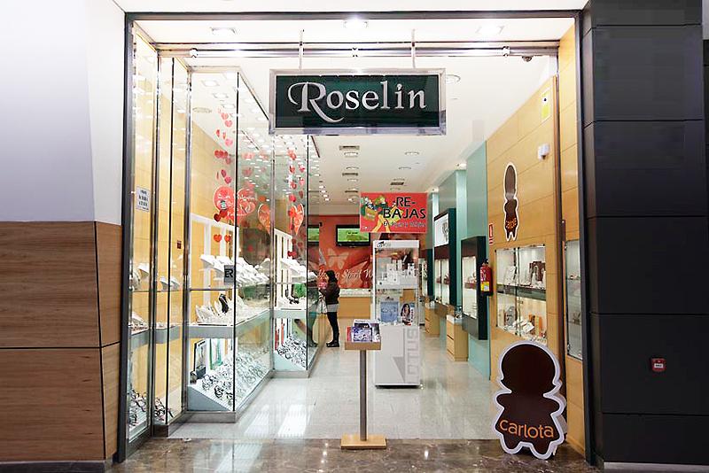 Colección especial mi Primera Comunión en Roselin
