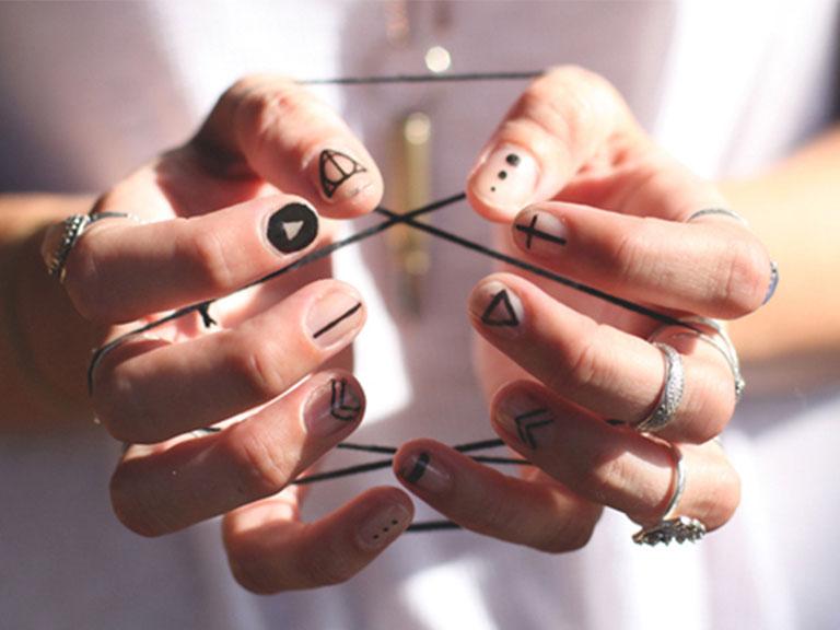 Manicura-geométrica-blog-